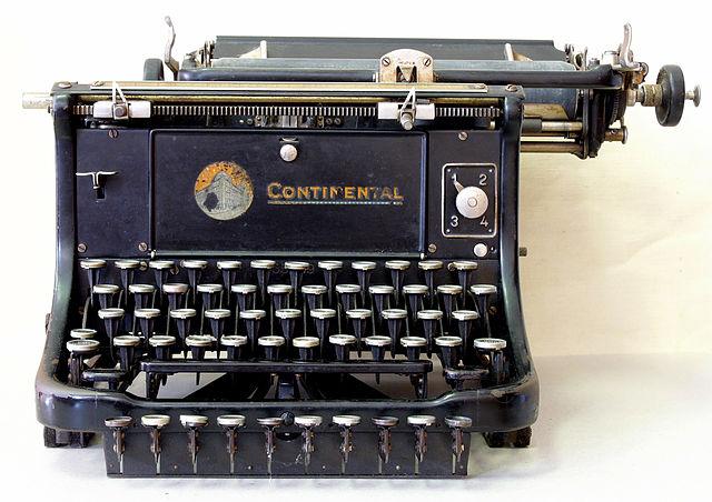 640px-Schreibmaschine_continental_hg